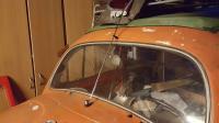 Hirschmann windscreen mounted antenna.
