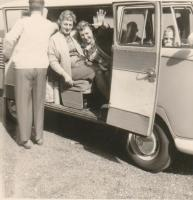 Vintage Mango Bus photo with family