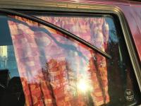 sliding window upper track falling