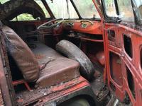 1960 15 window deluxe