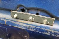 Handle bracket