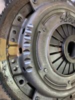 Balancing pressure plates