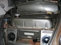 1957 vert:Original body and tank color match