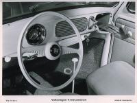 oval steering wheel