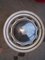 15x5.5 wheel with 912 hubcap