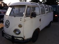 23 window bus