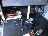 Auxiliary battery build - Syncro Hightop