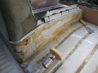1967 Walk-through Bus - Removing Glue