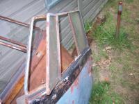 Suicide piano hinge quarterlights