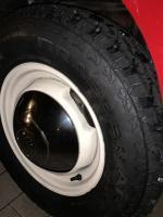 "15"" knobby tires"