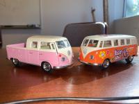 Split Bus Toys