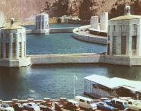 Old Hoover dam pic with hardtop thing