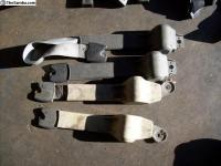 1967 seat belt mounting bracket differences