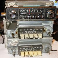 Sapphire II Ivory or Grey & Sapphire IV 6-volt AM/FM