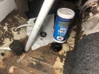 brake master cylinder fluid automatic feed
