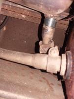 master cylinder resevoir hose connections