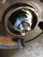 Syncro front axle nut 1