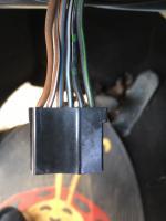 Harness at Base of Steering Column 74 SB