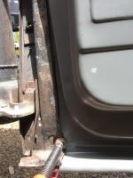Outrigger support for floor pan 1968 Beetle
