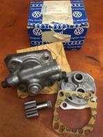 Autostick oil pump