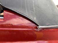 1967 Beetle convertible top: hole and trim