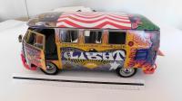 Sunstar 1:12 scale Woodstock Bus