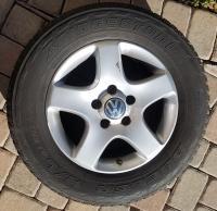 Touareg rim and tire
