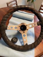 Mono steering wheel