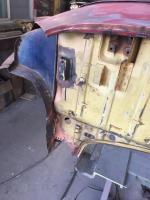Ghia vert luggage tray