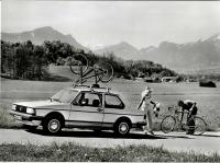 Jetta press photo with bikes and roof rack