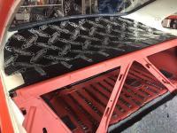 Fastback parcel shelf