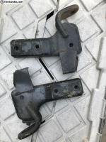 87-91 rear bumper bracket
