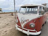 1959 VW Deluxe Bus