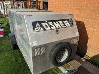 Windsurfing trailer bearing O'Shea surf-equipment logo