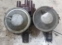 ZV/PAU 4R5 distributors - 2 different vacuum cans