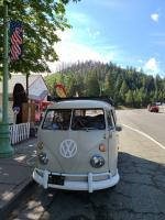 Quick stop in Weed, CA for local VW-related trinkets.