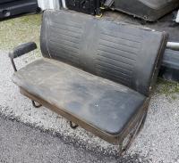 bus seats 74