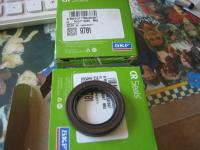 9701 Steering box seals