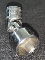 13mm swivel socket.