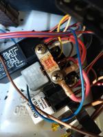 MIDI style bolt-down fuse