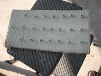 Gate hardware, hinges