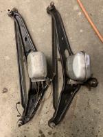 60 — 6 volt or12 volt wipers ?