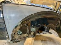 polishing the front quarterpanel
