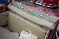 Cabriolet winder instruction plate