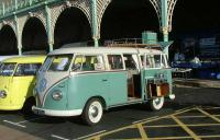 15 Window at Brighton 2005 - Australian import