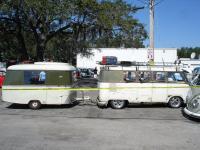 Green/Green Standard with Puck trailer