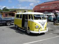 Yellow/White Bus