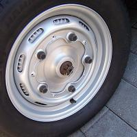 porsche drums on slotted wheels...