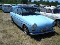 Blue Notchback with black roof