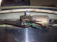 Wiper motor install